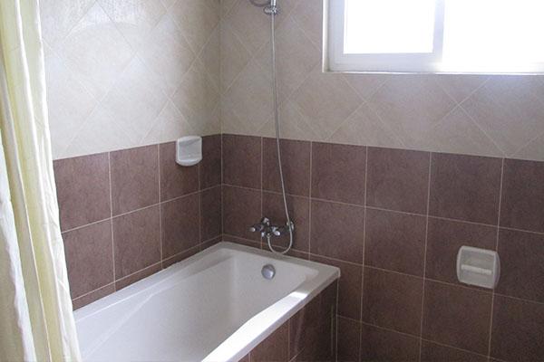 Santoni's Placeのバスルーム