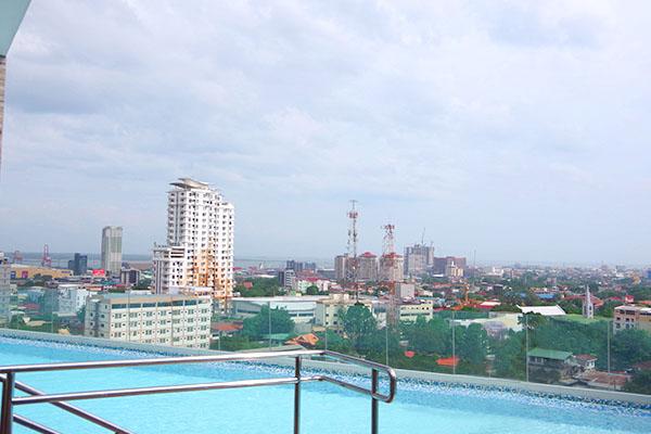 Tancor 5からの景色とプール