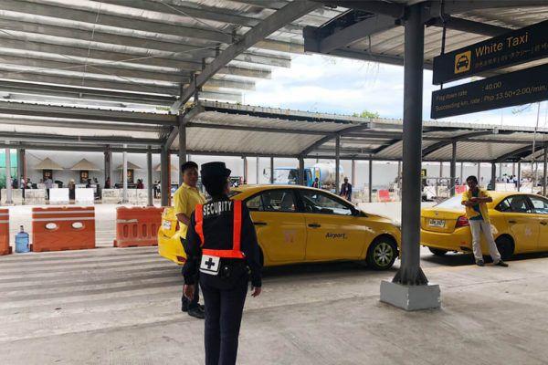 セブ・マクタン国際空港からの移動手段、ターミナル1のイエロータクシー乗り場