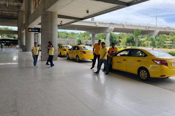セブ・マクタン国際空港からの移動手段、ターミナル2のイエロータクシー乗り場