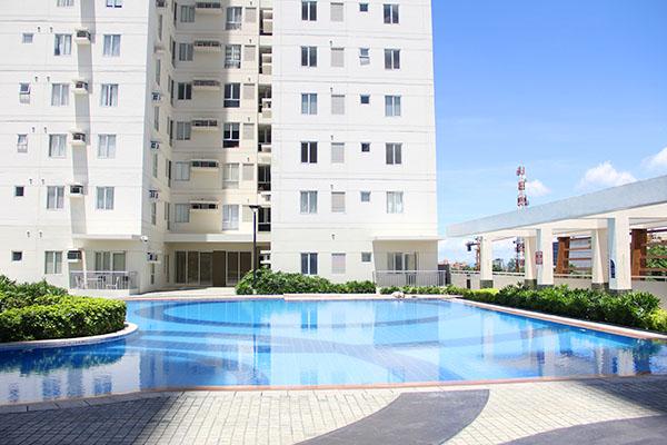 Avida Towers Cebuのプール