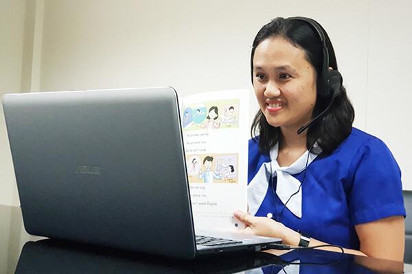 オンライン英語学童のフィリピン人講師